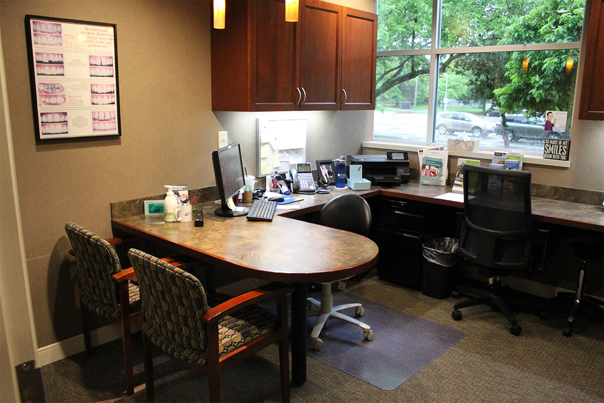 Cedar Rapids Smile Center - Office